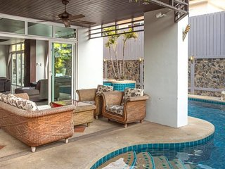 5 bedroom Pool Villa with jacuzzi, Pattaya