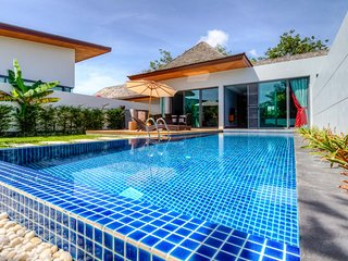 2 Bedrooms Modern Tropical Pool Villa in Rawai