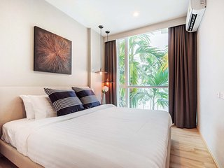 The Base Downtown By Favstay | One Bedroom - City View, Ciudad de Phuket