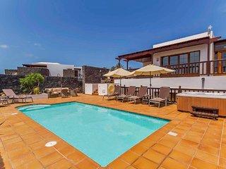 Villa Azure, Playa Blanca