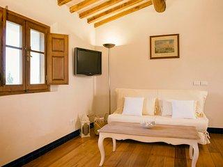 Casa Vacanze con vista su Perugia,natura,finiture di pregio,piscina panoramica.