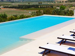 Selinunte Country house with pool near the beach