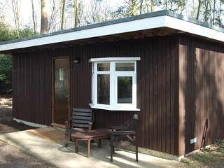 2 bed chalet, Finchampstead