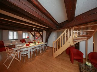 HERZOG 160m2 duplex  5 chambres 3 salles de bain, Colmar