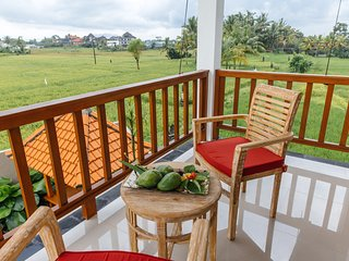 2 BDRM Villa with rice field view In Ubud, Villa Heavenly View ~風, Peliatan