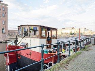 Lazy Luscious Hippie Houseboat, Ámsterdam