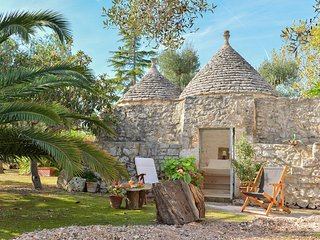 Trullo l'Alcova - very romantic! ideal per a couple and a family of 4 pers.