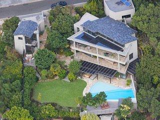 Villa & Guest House - Campsbaydream