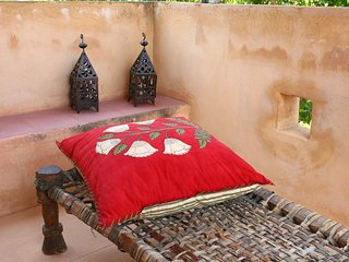 Marrakesh to Jaipur Suite / La maison Fabre, Gerani