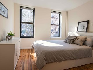 Midtown Manhattan Two Full Bedrooms - Private