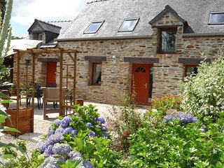 Parc de Lutin's holiday cottage: Owl Cottage