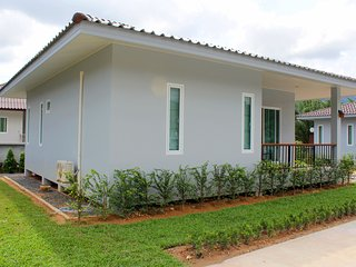 Brand New Secluded 2 Bedroom House