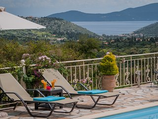 Secluded Villa Regina, Private Pool & Children's Playground in Agia Efimia