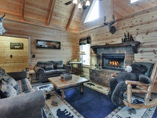 Bearific Cabin in the perfect location, Ridgedale