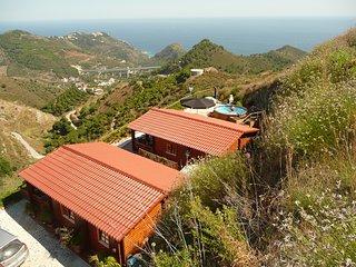 Idyllisch gelegenes Holzhaus mit traumhaften Meerblick  Casa Salamandra