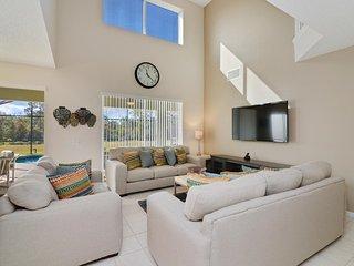 Premium, Private,  Disney Villa! 7Bd, Conservation View, Free Wi-Fi & Long Dist.