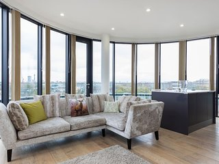 Modern Luxury 3Bed 2Bath Penthouse w/ Roof Terrace, Londres