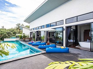 Paritta Sky Villa A | 2 Villas with 3 Beds each and Pool in Koh Samui