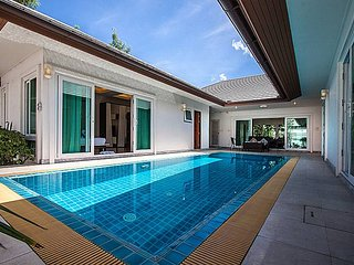 Kancha Villa | Luxus 3 Bed Pool Villa in Banglamung Pattaya, Bang Lamung