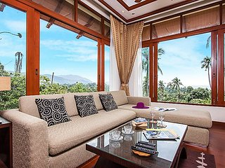 Pailin Garden Palace | 3 Bed Hillside Pool Villa in Koh Samui