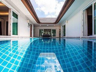 Kancha Villa | Luxus 3 Bed Pool Villa in Banglamung Pattaya