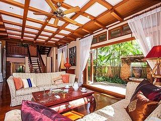 Modern Asian Villa 50m from beach, Pattaya
