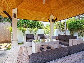 Villa Rachana   Refined 3 Bed Villa near Laguna Phuket