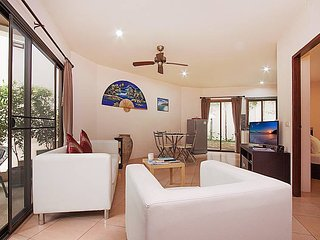 Koh Samui Holiday Apartment 8024