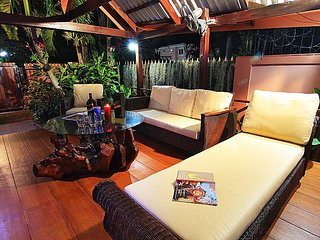 Baan Chatz - lovely 5 Bedroom Holiday Villa Private Pool in Pattaya