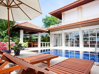 Ruedi Villa | 2 Plus 1 Bed Holiday Home with Pool at Kata Beach Phuket