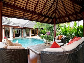 Cool Bali villa 700m to Bang Tao beach, Thalang District