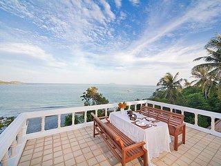 Villa Anantinee | 3 Bed Beachfront Property in Rawai Phuket