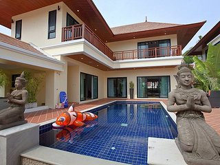 Villa Oranuch | 3 Bed Holiday Pool Home in Bangsaray Pattaya, Na Chom Thian