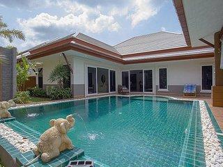 Thammachat P3 Vints 130 | 3 Bed Pool Villa in Bangsaray Pattaya, Na Chom Thian