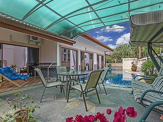 3 bed family pool villa near Bangsaray, Na Chom Thian