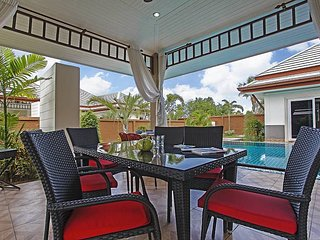 Thammachat P3 Vints 141 | 4 Bed Pool Villa in Bangsaray near Pattaya, Na Chom Thian