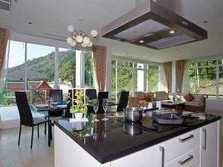 Kata Horizon Villa B2   4 Bedroom Pool Villa With Sea Views in Phuket