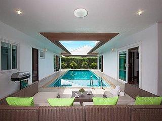 Villa Kalasea | 3 Bed Pool Villa in Banglamung Pattaya