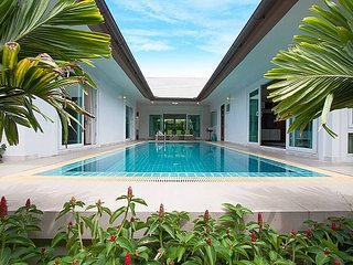 Villa Kalasea | 3 Bed Pool Villa in Banglamung Pattaya, Bang Lamung