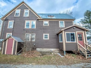 3000sqft 6BR 3BA 3K 1acre Privacy 4mins to skiing, Bartlett