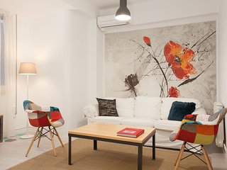 Chic Paseo Gracia Apartment 5 pax, Barcellona