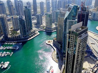 Walk Everywhere! Gorgeous 4BR Duplex Penthouse in the heart of Marina, Dubai