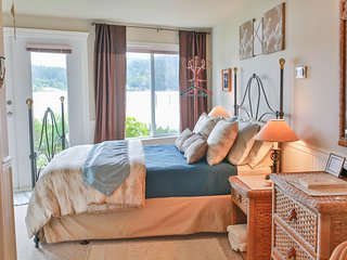 Beach House Salt Spring - Sand Dollar Room, Fulford Harbour