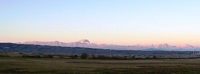 Panorama sulla Catena del Gran Sasso: Corno Grande, Monte Camicia (non vicinissimi ma ben visibili)