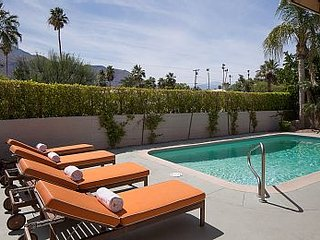 Spacious Home W/ Private Pool, Jacuzzi and a Beautiful View, Palm Springs