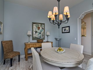Elegant condo is perfect for Urban Wine Tour and just blocks from the beach - 30 Night Minimum - Bella Mar