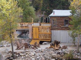 Merrifield Homestead Cabins & Hotsprings/Merrifield Cabin