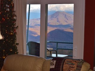 Honeymoon! View! & Sm Family, too LUXURY & BUDGET!, Gatlinburg