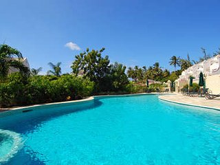Wonderful 4 Bedroom Villa in Mullins Bay