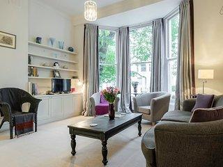 Elegant Georgian 2 bed in Notting Hill, London